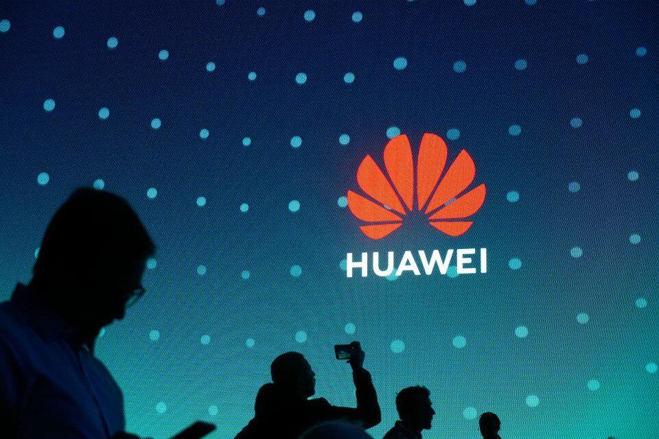 外媒:三星和华为2019年将爆发手机大战
