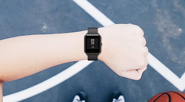 外媒测评:华米手表在这4个方面赢过苹果手表4系列