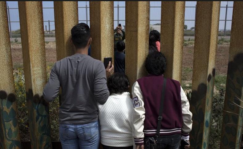 两个移民儿童相继死亡 CNN:美海关着手改善移民监管措施