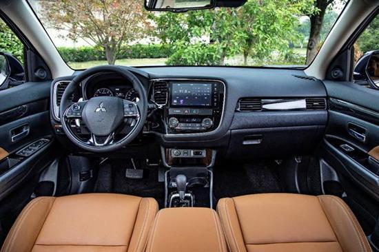 谁才是都邑家用SUV老大 新欧蓝德对比CR
