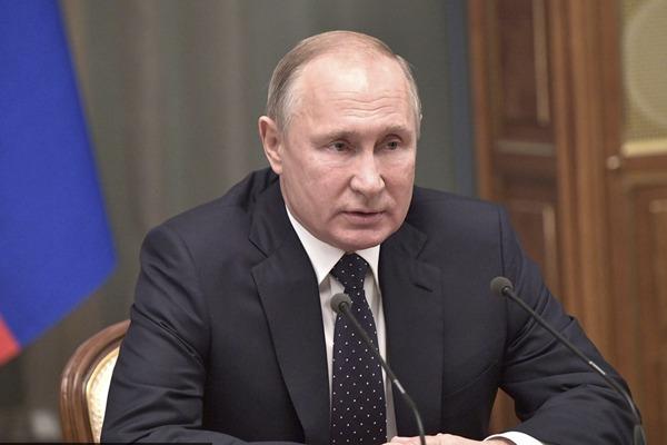俄罗斯总统普京举行年终会议 会见政府领导人和官员