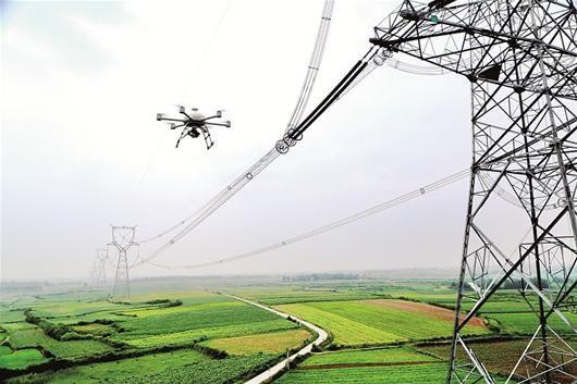 姜堰供电采用无人机验收新建高压线路