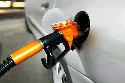 油价寄望2019年寻得平衡