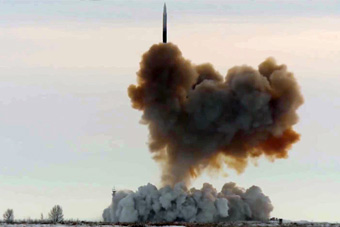 普京坐镇高超音速导弹试射 击中6000公里外目标