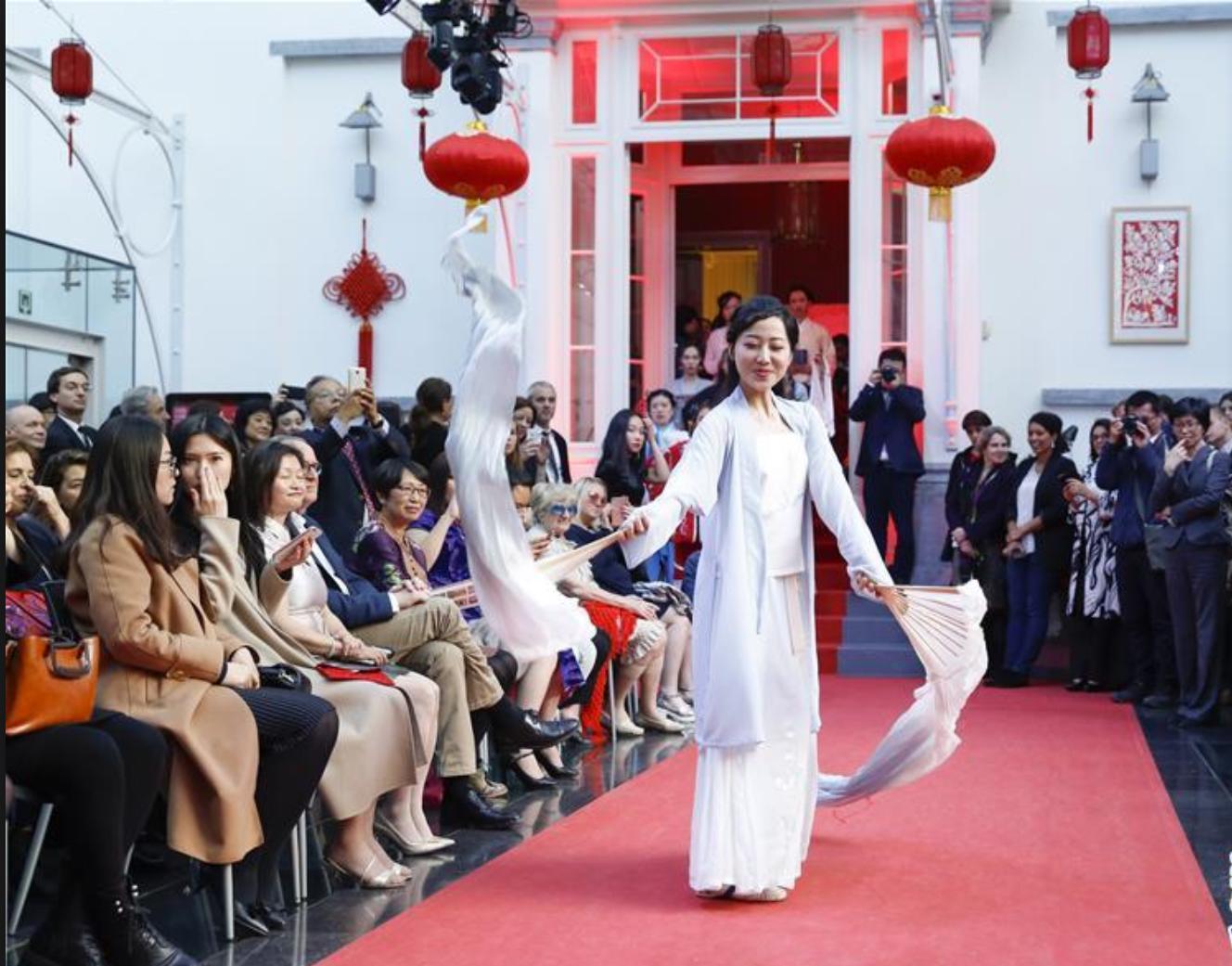 《走进比利时》杂志总编:中国故事可以讲得更精彩