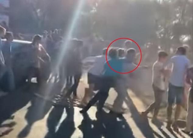 圣诞闹剧!阿根廷两橄榄球队球员街头互殴致一人重伤