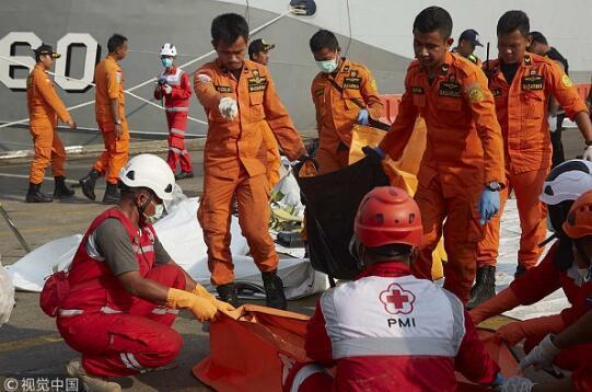 印尼狮航失事客机飞行员家属起诉波音公司