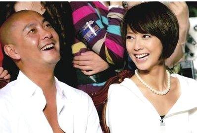 张卫健44岁妻子近照曝光,曾因打排卵针变胖又丑,如今美到不敢认