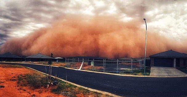 澳东南遭遇红色沙尘暴 高20米宛如世界末日