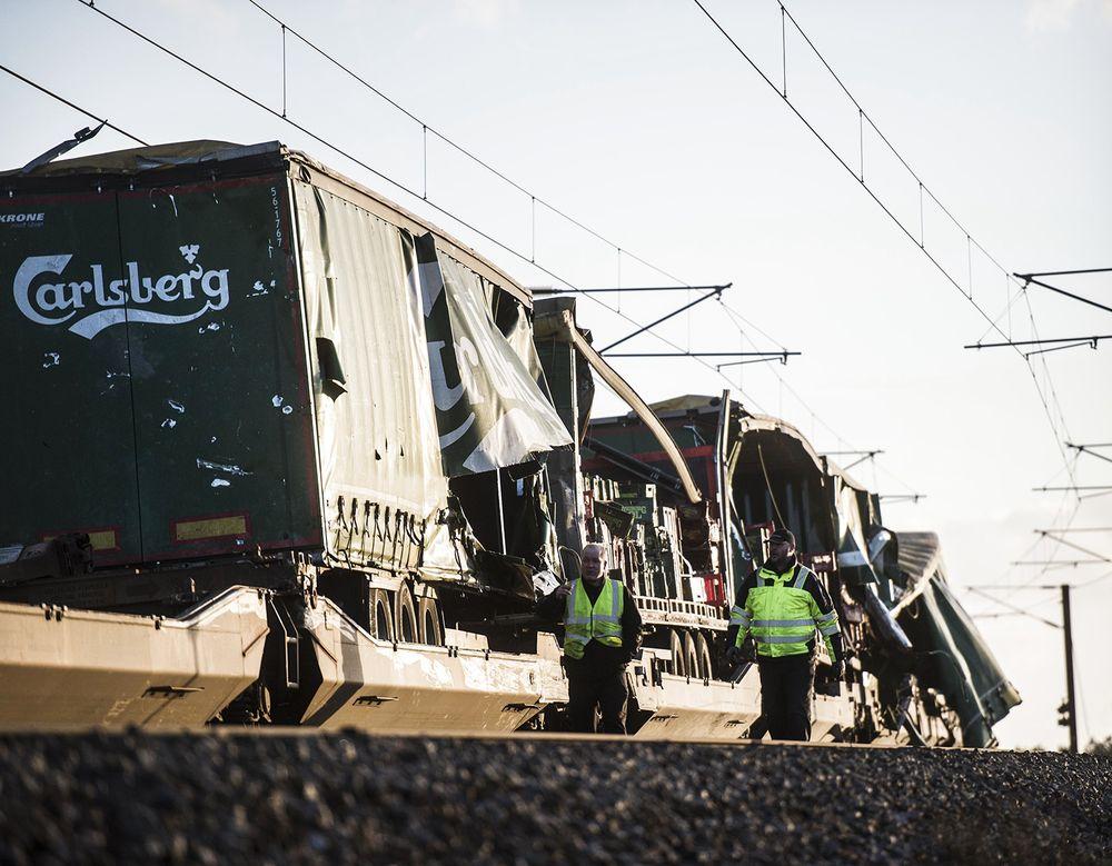 丹麦发生列车事故,致6人死亡,16人受伤