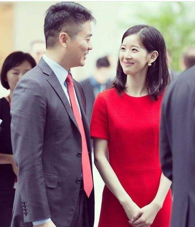 刘强东章泽天离婚?章父回应:没这回事