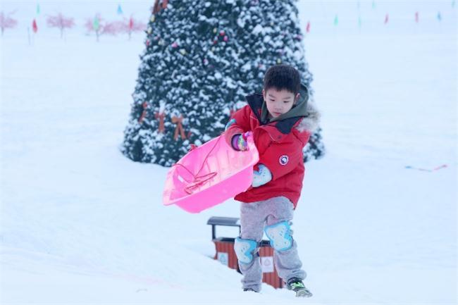 黄圣依安迪一起滑雪跨年,甜蜜送出新年祝福