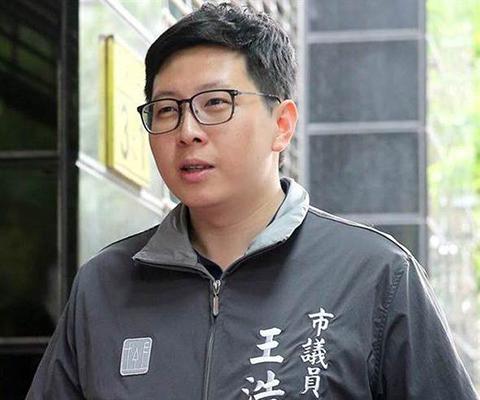 绿议员批韩国瑜收割蔡英文政绩 被讽:为抢曝光当