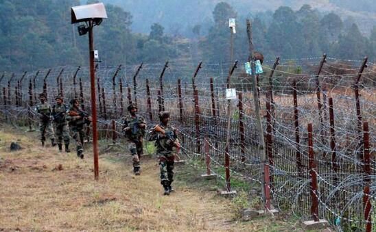 印度无人机闯印巴争议地上空 被巴基斯坦军方击落