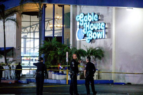 美国加州一保龄球馆发生枪击案 已致3人死4人受伤