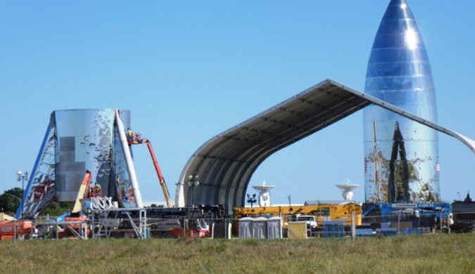 SpaceX最新飞船概念图 马斯克华丽的星际飞行梦