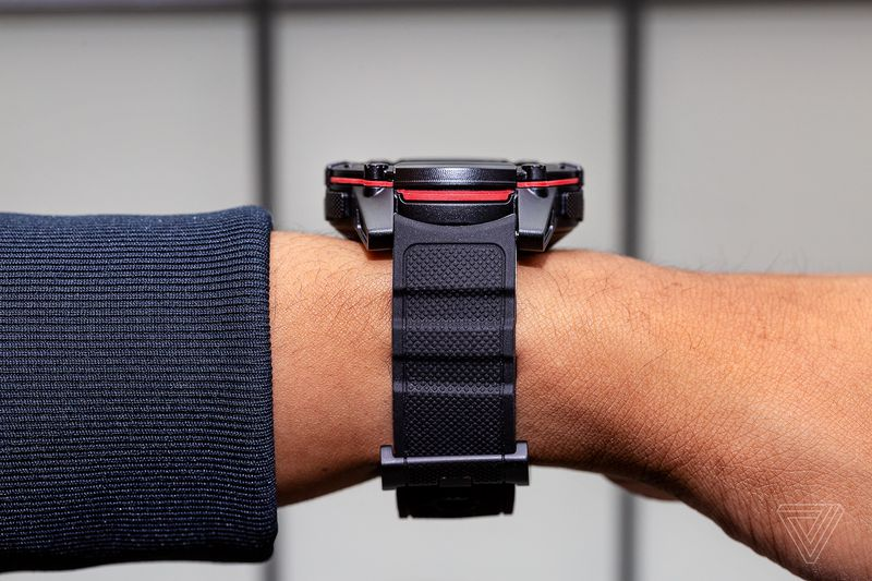 Matrix推出PowerWatch 2智能手表  靠体温充电