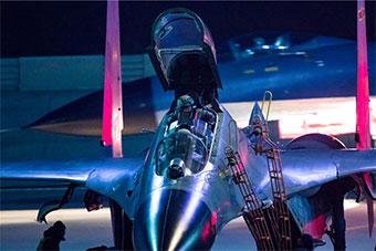 为金头盔拼搏!北部战区空军航空兵某旅新年开训