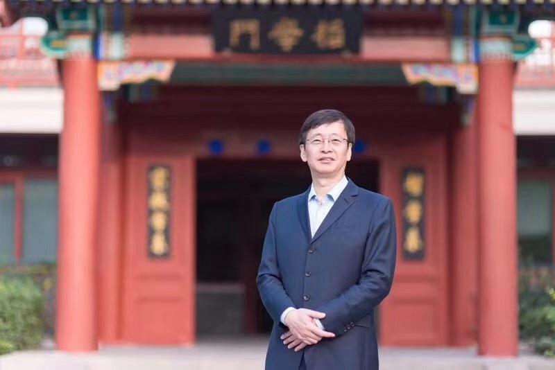 专访陈少峰:把握新媒体 讲述文创IP好故事