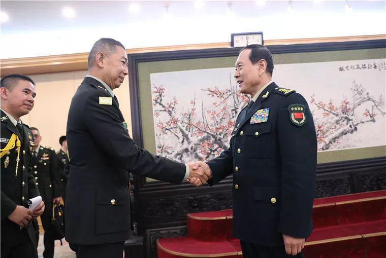 魏凤和会见泰国陆军司令