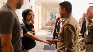 泰国转变对沙特逃亡少女态度:没有人能强迫她离开