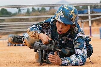 海军陆战队全副武装新年开训状态满分