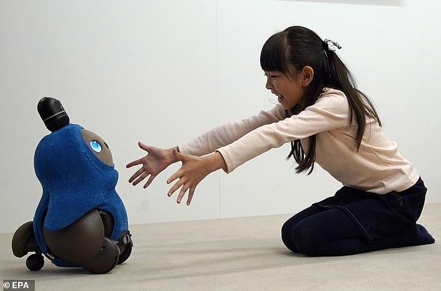 CES 2019:日企展示伴侣型机器人Lovot