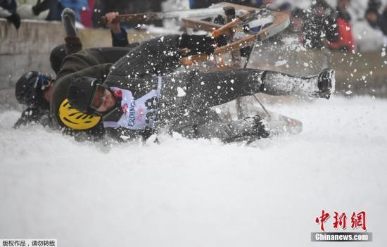 欧洲阿尔卑斯地区暴雪:至少7死 仍有雪崩危险