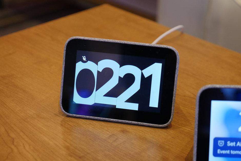 CES2019:联想发布智能闹钟,售价80美元