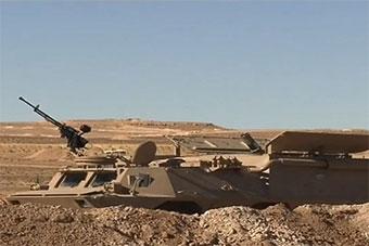 阿尔及利亚军演首次展示中国制迫击炮