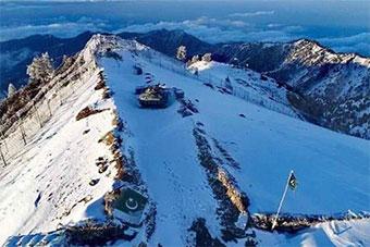 中国制坦克海拔4000米守卫巴基斯坦边境