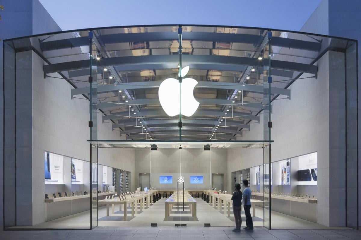 库克不满苹果被唱衰:1000亿美元收入不靠iPhone