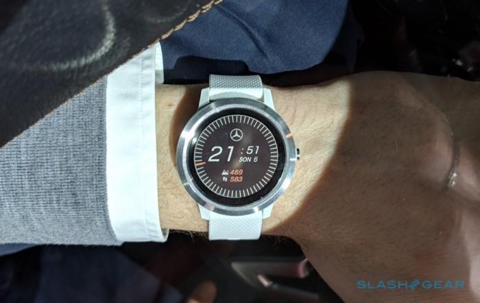CES 2019:奔驰智能手表可自主选择驾驶路线