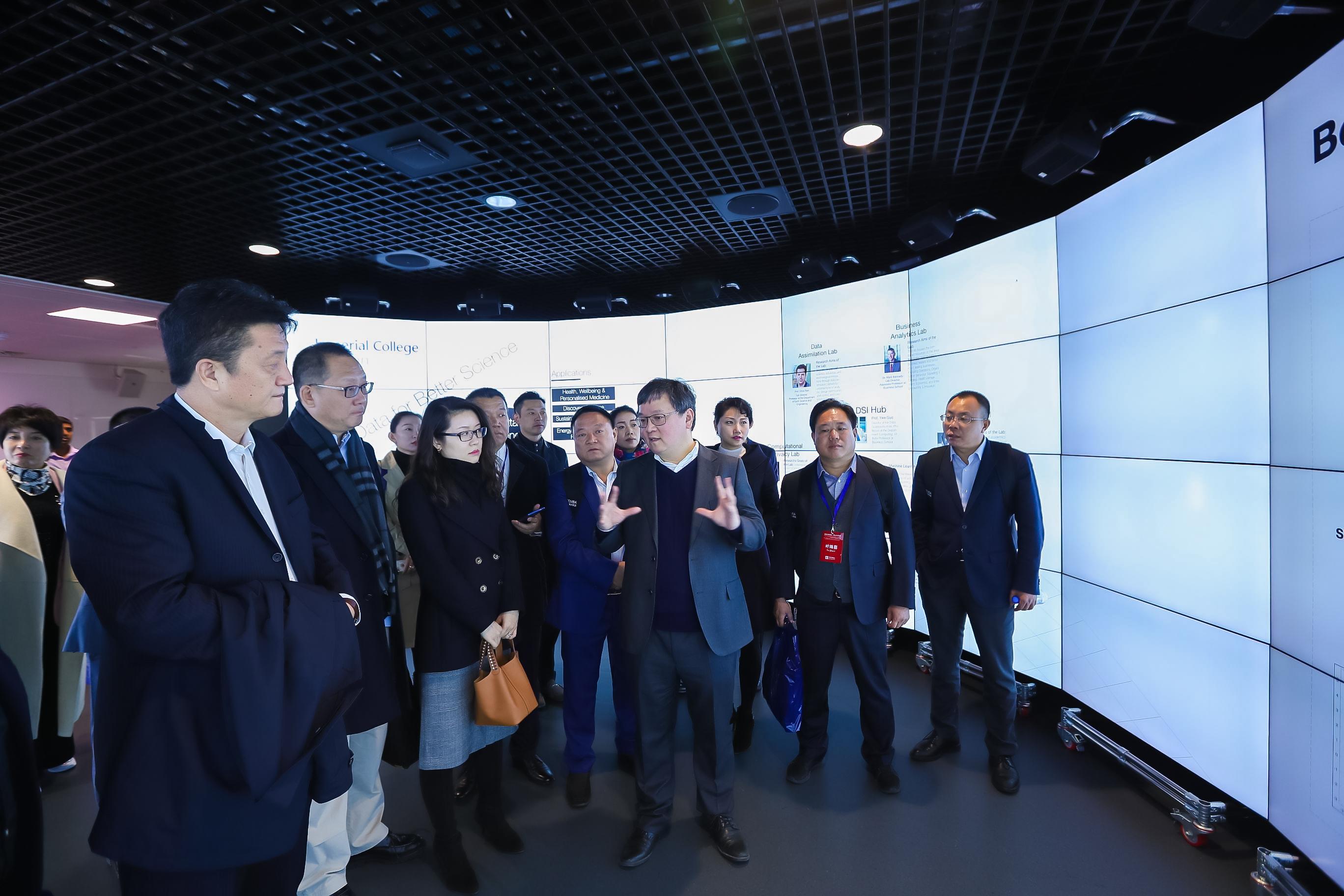 科技浪潮袭来,后E企业家探访世界顶级实验室