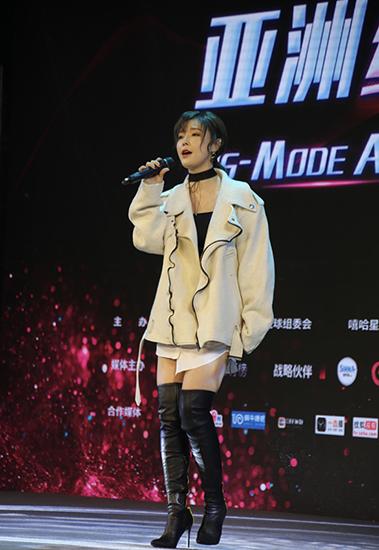 """孙语赛横扫三大颁奖典礼 获称年度""""最强黑马"""""""