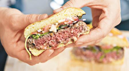 加州一公司推出升级版素汉堡扒 肉味更强劲