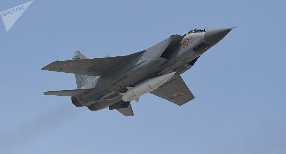 美国专家:中俄高超音速武器研制大幅超过美国