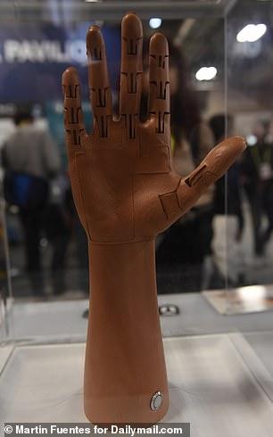 美企业发布3D打印义肢 搭载人工智能控制系统