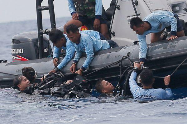 印尼狮航失事客机驾驶舱语音记录器被找到