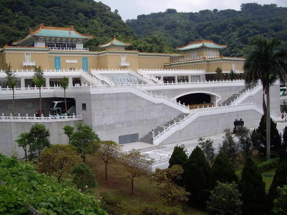 """台北故宫要把""""天下第二行书""""送去日本展览 台湾主持人怒斥:你凭什么!"""