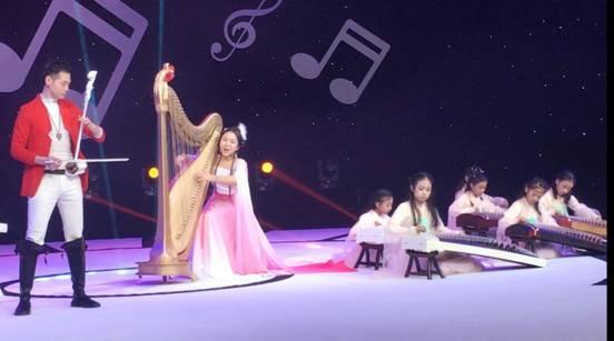 季宝杰携优秀学生参加央视《音乐盛典》古筝弹唱《女儿情》获好评