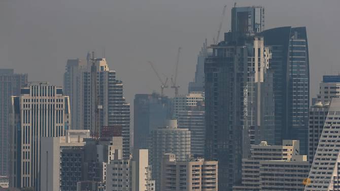 曼谷连日雾霾 泰政府拟部署人工降雨缓污染