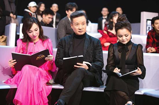 《声入人心》阎维文吴碧霞来袭 助力青春盛典