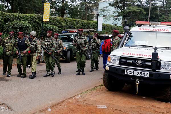 肯尼亚酒店遭袭已致15人死亡 仍有数十人被困