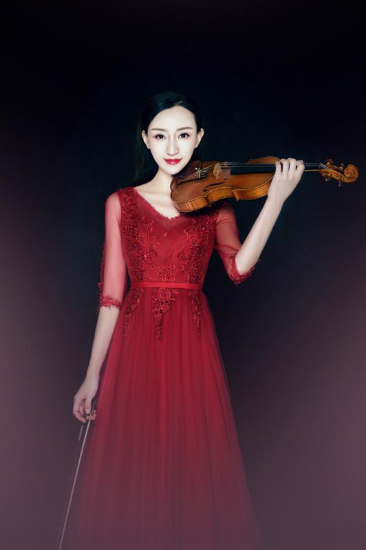 《陈菲三红中国红》歌曲隆重首发2019年度献礼