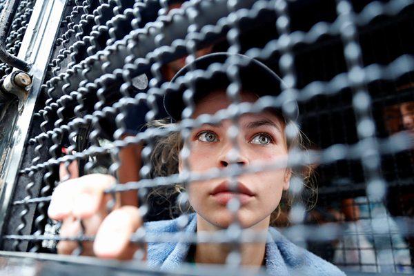 声称掌握俄干预美国大选内幕女子被泰国驱逐出境