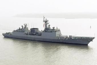 韩国李舜臣号驱逐舰访华 5000吨舰配56垂发