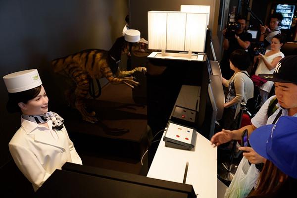 """日本酒店""""解雇""""过半机器人员工"""