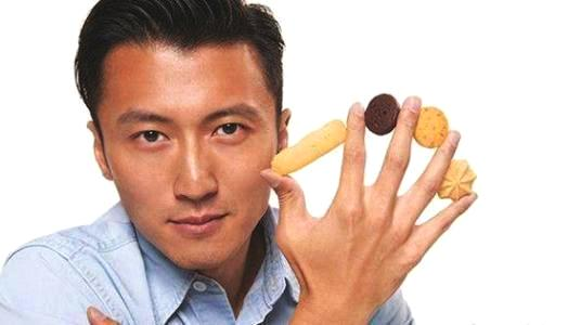 谢霆锋回应锋味饼干致癌:致癌物家常炒菜也有,难道不吃饭了?