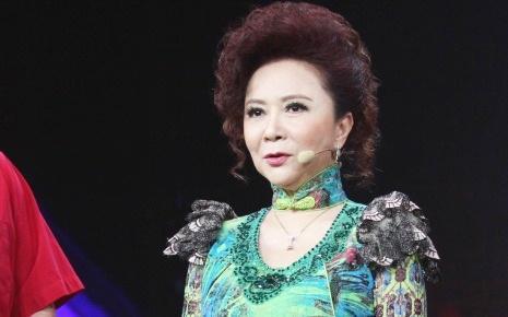 为什么演员需要保持好身材?57岁蔡明说出原因,网友:一针见血